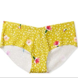 SEXY ILLUSTIONS BY VS NO SHOW HIPHUGGER PANTY/ XL
